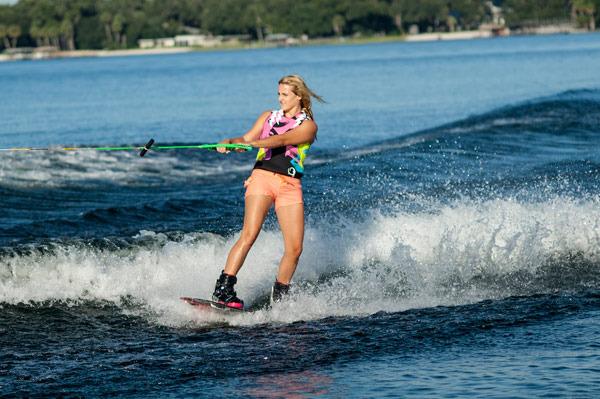 Raimi Merritt riding big wave